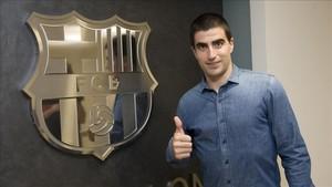 Marc Gual, satisfecho tras firmar su nuevo contrato