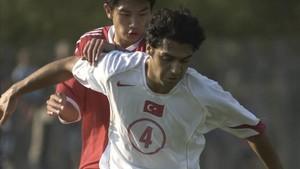 Bekir Irtegün, durante un partido
