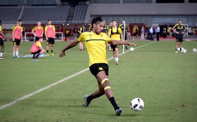 Aubameyang solo piensa en el Dortmund