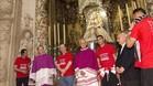 Emery, Castro y Reyes, durante la ofrenda a la Virgen de los Reyes
