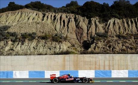 Alineaciones para los test de Jerez