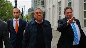Julio Rocha, en el centro, uno de los castigados a perpetuidad