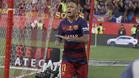 Neymar tuvo un gesto con la afici�n despu�s de marcar en la final