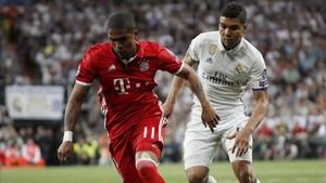 Douglas Costa no se ha consolidado como titular en el Bayern