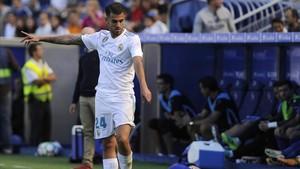 Ceballos tuvo el debut soñado marcando dos goles
