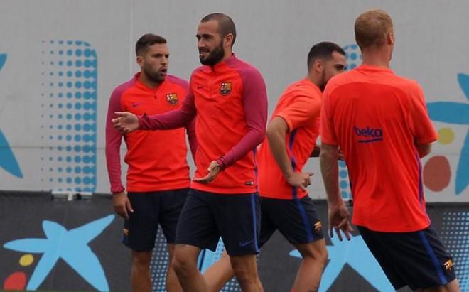 Aleix Vidal no se entren� con sus compa�eros