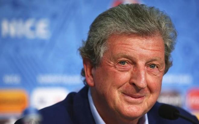 Hodgson elogi� a Lagerback, el seleccionador sueco de Islandia