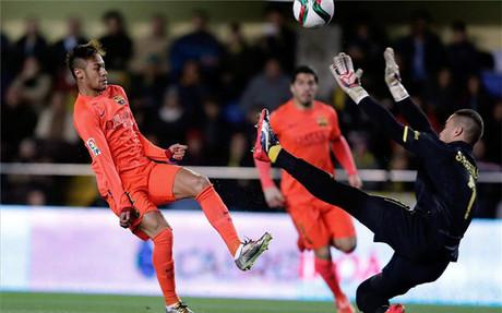 Neymar, suma y sigue