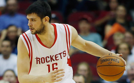 Papanikolaou ha protagonizado un debut destacado en la NBA