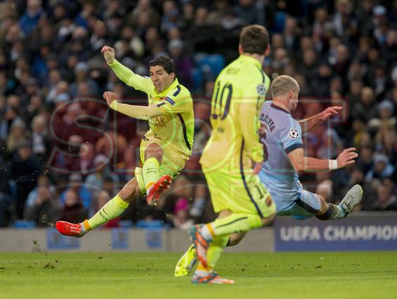 صور : مباراة مانشستر سيتي - برشلونة 1-2 ( 24-02-2015 )  1424816411687
