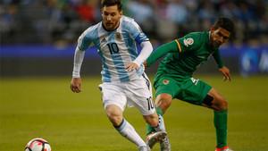 Messi durante el enfrentamiento ante Bolivia en la Copa América Centenario