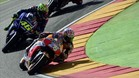A Pedroa no le gustó que Rossi le dejara sin pista al adelantarlo