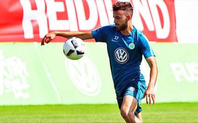 Borja Mayoral tuvo sus primeros minutos con el Wolfsburgo