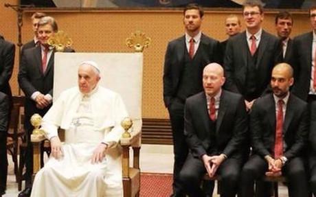 La expedici�n del Bayern, en el Vaticano