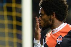 Luis Adriano y sus cinco goles fueron parte importante de los r�cords batidos