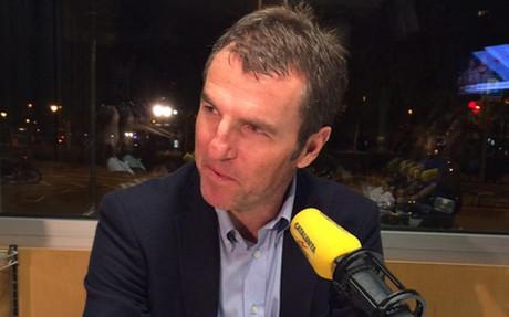 Robert Fern�ndez repas� la actualidad del Bar�a en 'Catalunya R�dio'