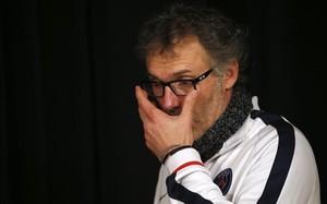 Laurent Blanc, decepcionado con Aurier