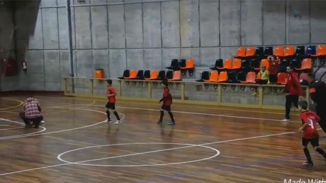 La conmovedora imagen de deportividad entre dos equipos infantiles en Barcelona