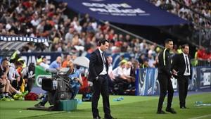 Emery, dirigiendo al PSG en la final de Copa ante el Angers