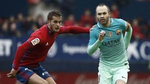 Iniesta dirigió el juego del Barcelona con gran acierto