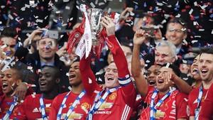 El Manchester United se lleva a una perla galesa de tan solo 14 años