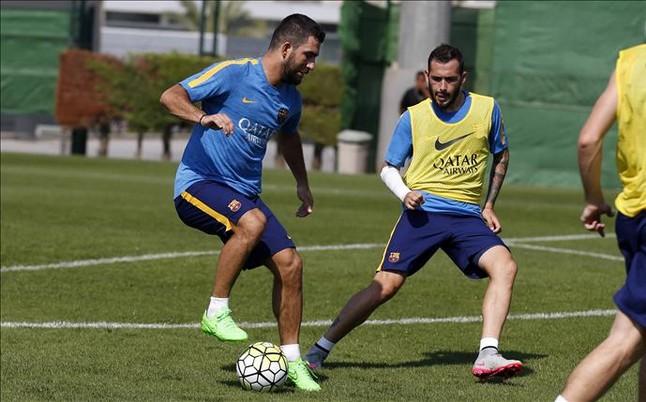 Aleix Vidal y Arda aceleran hacia su debut con el Bar�a