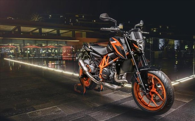 SALON DE INTERMOT Analizamos las motos de 2016-2018-http://estaticos.sport.es/resources/jpg/8/0/ktm-690-duke-1450865820108.jpg