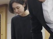El nadador sudcoreano Park Tae-hwan se puso de rodillas en un acto al que asistieron los medios de comunicaci�n oficialistas de Corea del Sur