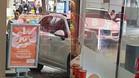 Sergio García, poniendo esta mañana combustible en una gasolinera del barrio de El Paralelo en Barcelona