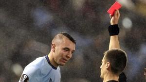 Iago Aspas abrió el marcador para el Celta, pero acabó siendo expulsado