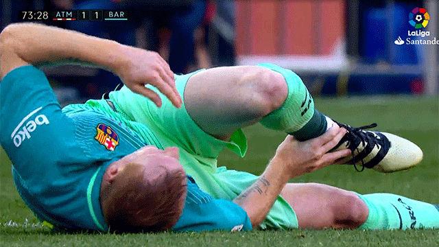 Video resumen: La lesión de Mathieu en el Atlético - FC Barcelona (1-2)