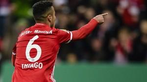 Thiago ya negocia su continuidad en el Bayern
