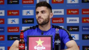 David López espera con ganas el derbi ante el Barça