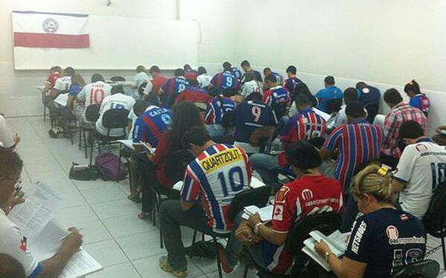 La clase no dudó entre estudiar más o ser del Bahía por unos minutos | Foto: LANCENET.COM.BR