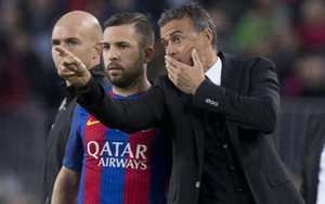 Jordi Alba quiere seguir jugando en el FC Barcelona