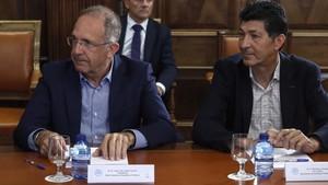 López Cerrón, junto al presidente de la Asociación Española de Ciclistas, Eduardo Chozas