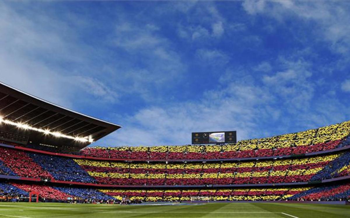 Un Camp Nou para el mito Johan Cruyff