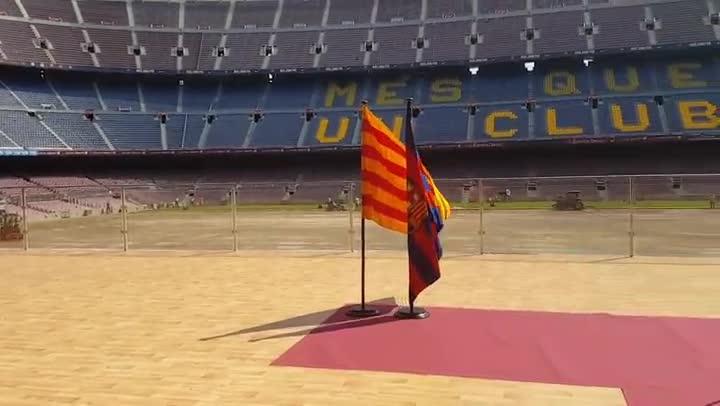 La transformaci�n del c�sped del Camp Nou