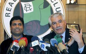 Pernía junto a Ali Syed, en una foto de archivo de 2011