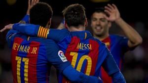 El tridente marca más goles que 18 clubs de Primera