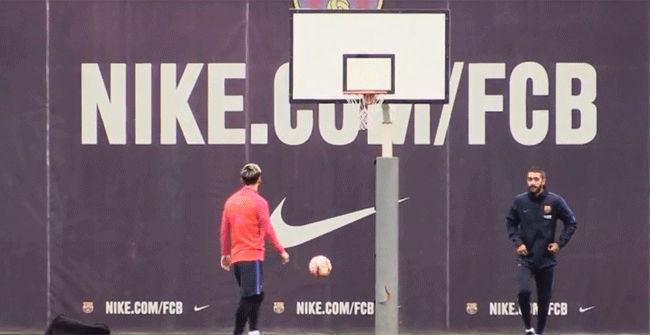 �Fueron capaces Messi y Neymar de hacer capasta?