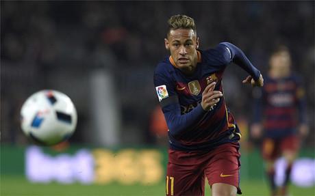 Los dos clubs de Manchester quieren a Neymar