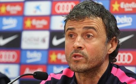 Luis Enrique confirm� la baja de Iniesta ante el Valencia