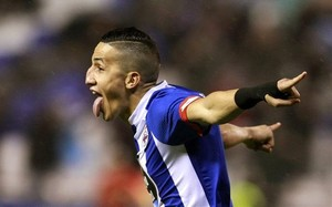 Fayçal Fajr espera la victoria del Deportivo en Cornellà-El Prat