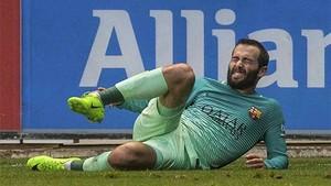 Aleix Vidal cayó lesionado frente al Alavés