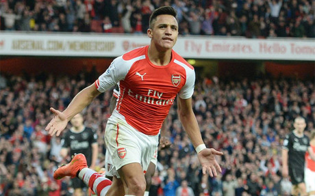 Alexis, celebrando un gol con el Arsenal