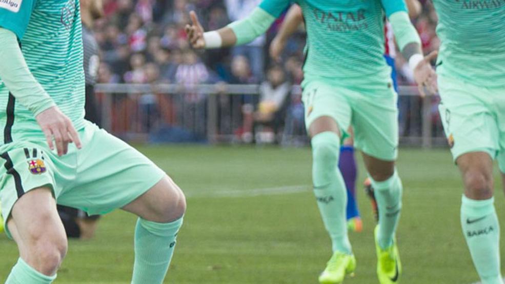 La espectacular celebración del tridente tras un gol que vale su peso en oro (ES)