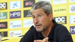 Manolo Márquez explicó en rueda de prensa las razones de su dimisión