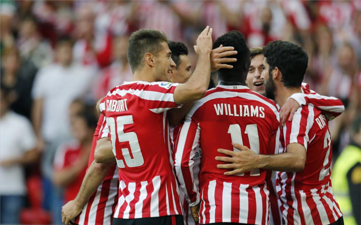 El Athletic remonta a una Real Sociedad sin defensa