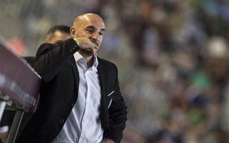 Ferrer deja de ser entrenador del C�rdoba
